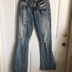 American Eagle distressed sz 4
